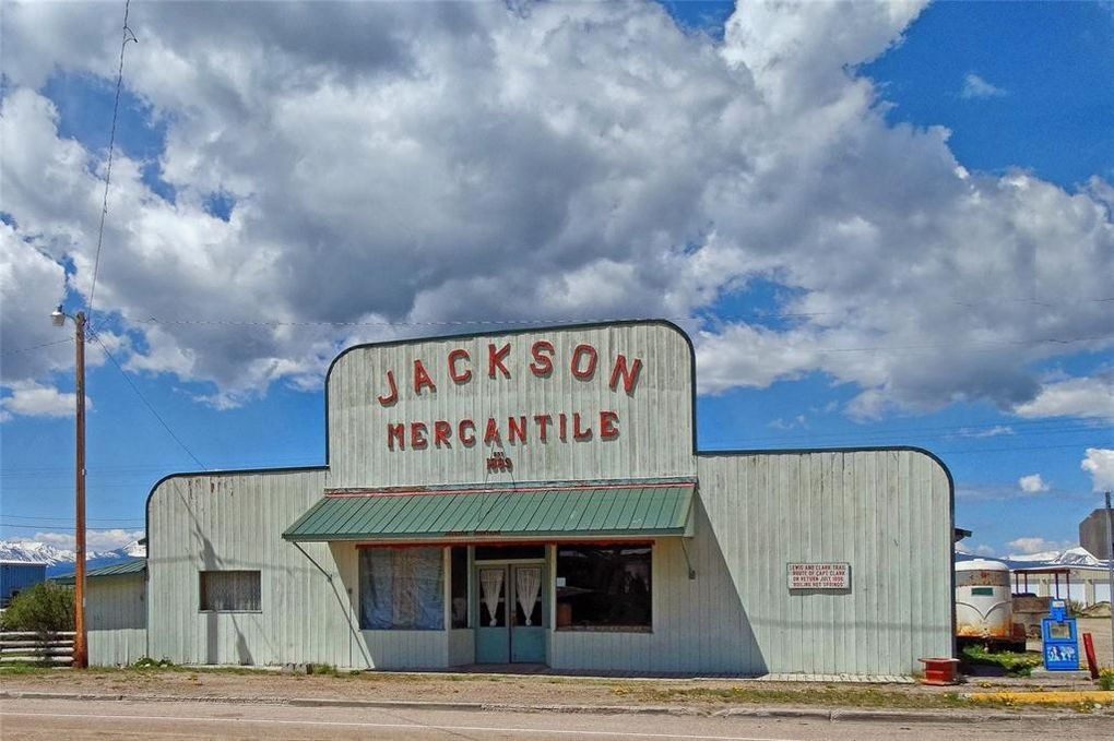 111 Jardine Ave, Jackson, MT 59736