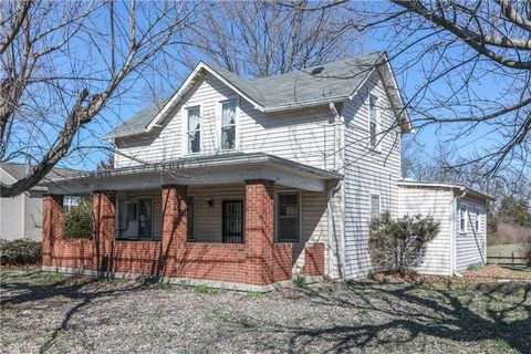 9024 W Mooresville Rd, Camby, IN 46113