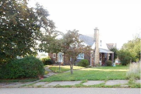 Photo of 525 North St, Arnold, PA 15068