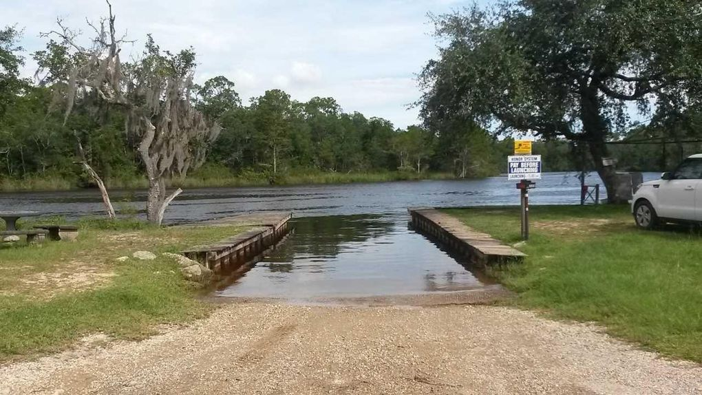 8188 fish camp rd milton fl 32583 for Fish camps for sale in florida