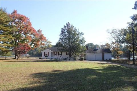Photo of 1050 Tick Neck Rd, Foster, VA 23056