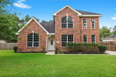 Photo of 612 Spring Forest Dr, Conroe, TX 77302