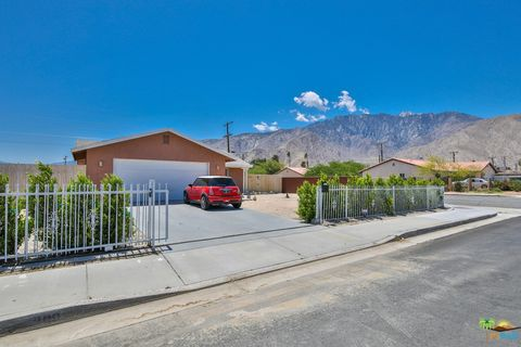Photo of 399 W Palm Vista Dr, Palm Springs, CA 92262