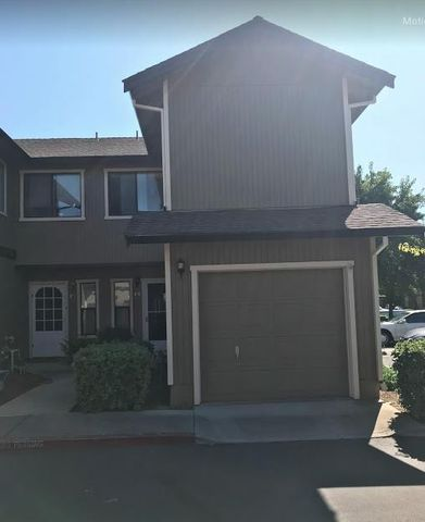 Photo of 801 Nash Rd Unit F4, Hollister, CA 95023