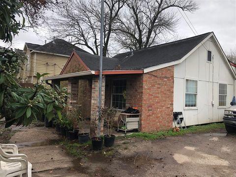 Photo of 410 Plymouth St, Houston, TX 77022