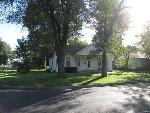 528 N Harper St, Montgomery City, MO 63361
