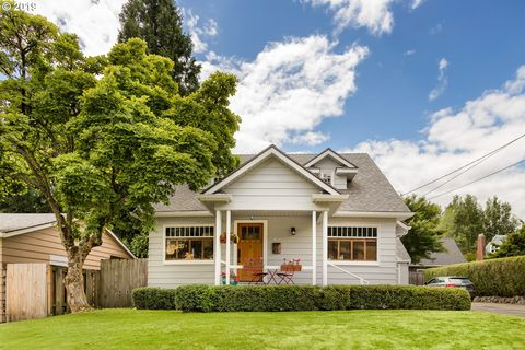 Photo of 1707 Se 60th Ave, Portland, OR 97215