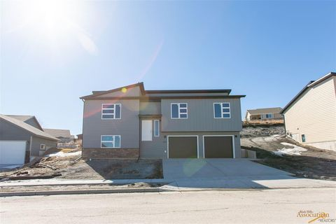 Photo of 5011 Charmwood Dr, Rapid City, SD 57701