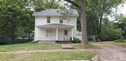 105 1st St Ne, Dayton, IA 50530