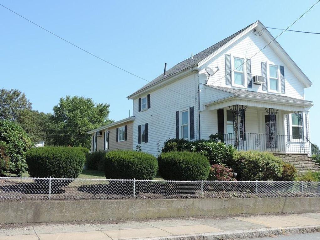 560 Lawton St, Fall River, MA 02721