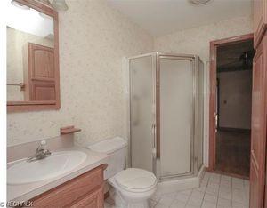 21016 Alliance Sebring Rd, Alliance, OH 44601   Bathroom