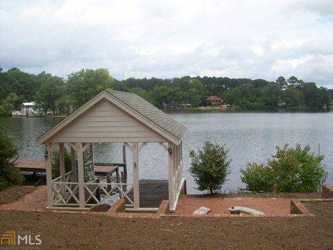 111 Lake Point Dr Carrollton GA 30117