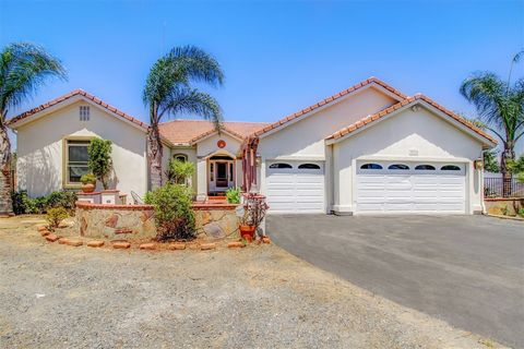 38720 Magee Heights Way, Pala, CA 92059