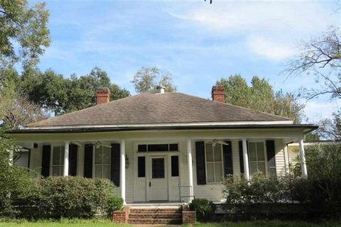 341 Cemetery Rd, Natchez, MS 39120