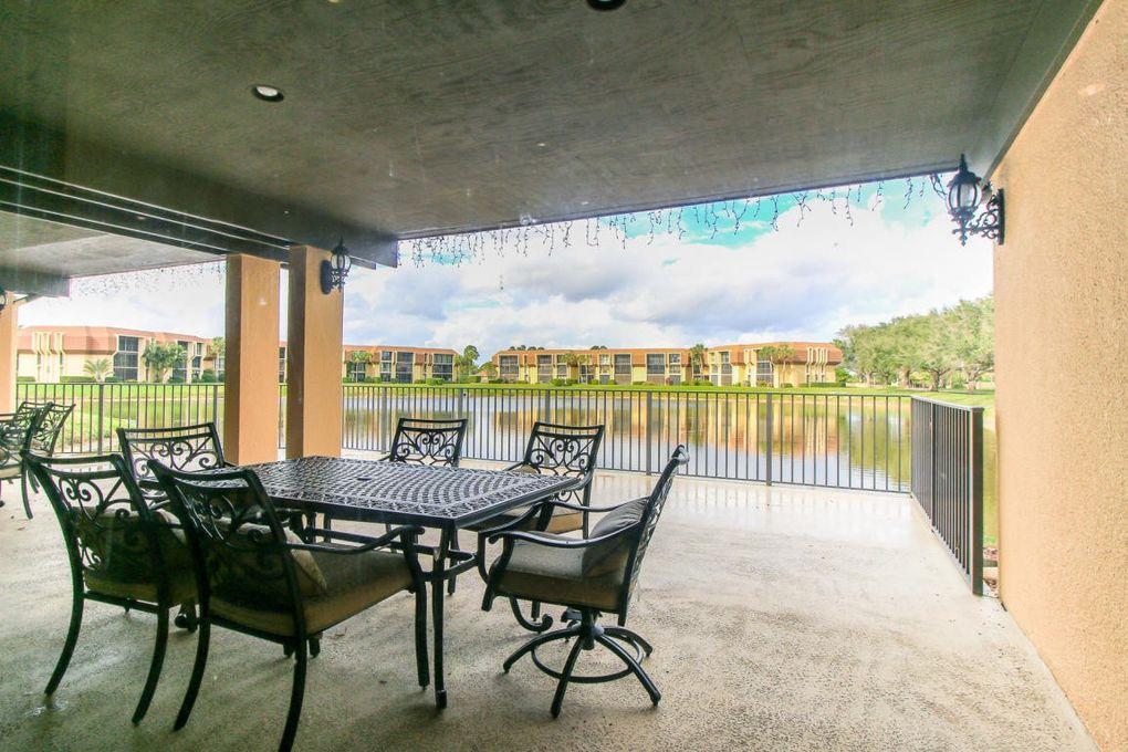 Woodland Lakes Dr  Palm Beach Gardens Fl