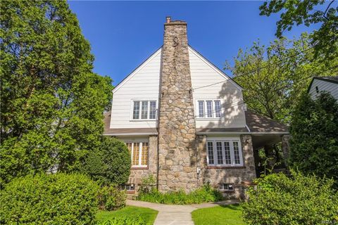Photo of 148 Storer Ave, New Rochelle, NY 10801