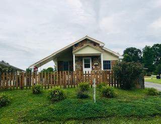 806 Manchester Ave, Middlesboro, KY 40965