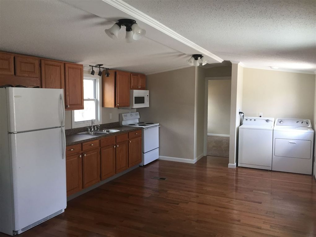 56 Hilton Ave, Exeter, NH 03833