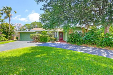 3112 Canal Dr, Boynton Beach, FL 33435
