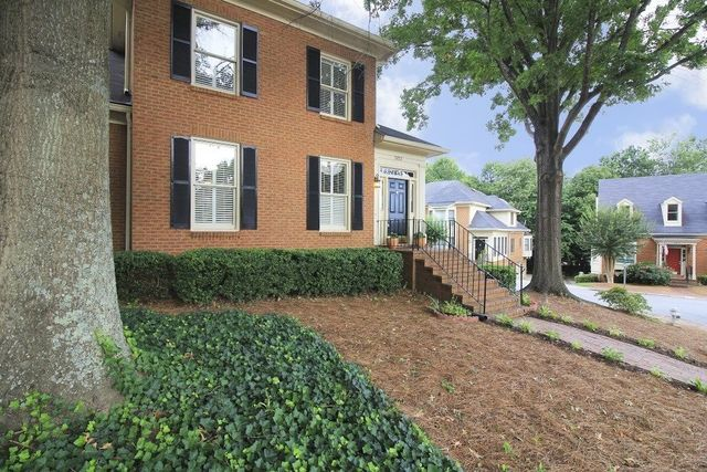 3653 forest hills way peachtree corners ga 30092 home
