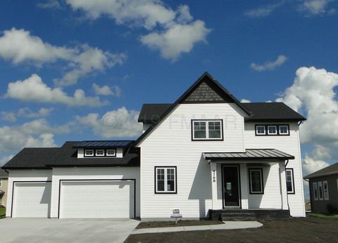 Photo of 4768 40th St S, Fargo, ND 58104