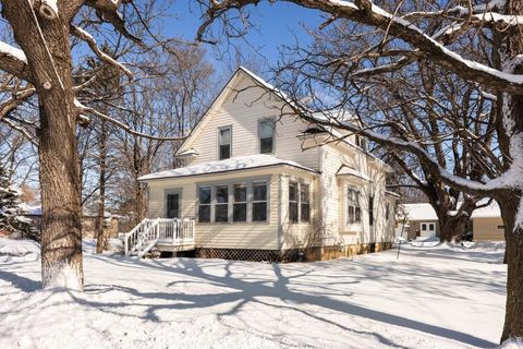Photo of 221 State Ave N, New Germany, MN 55367