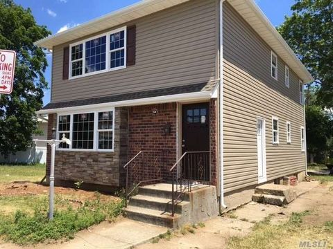 370 Covert Ave, Floral Park, NY 11001