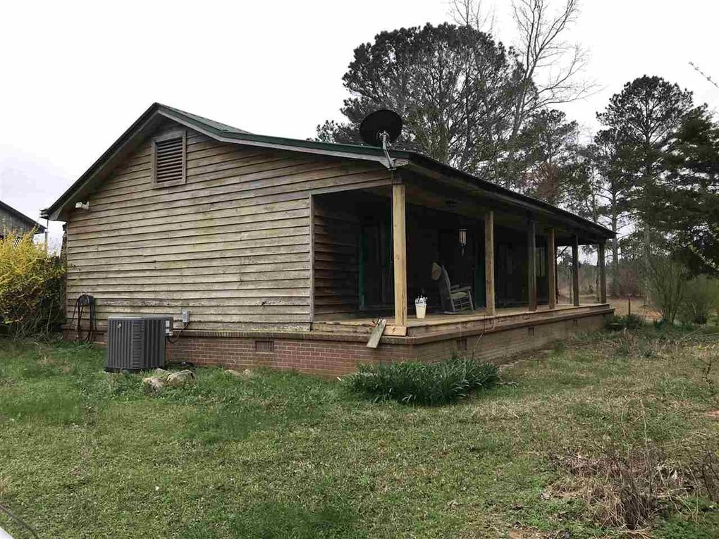 3108 Rocky Point Rd, Carthage, MS 39051