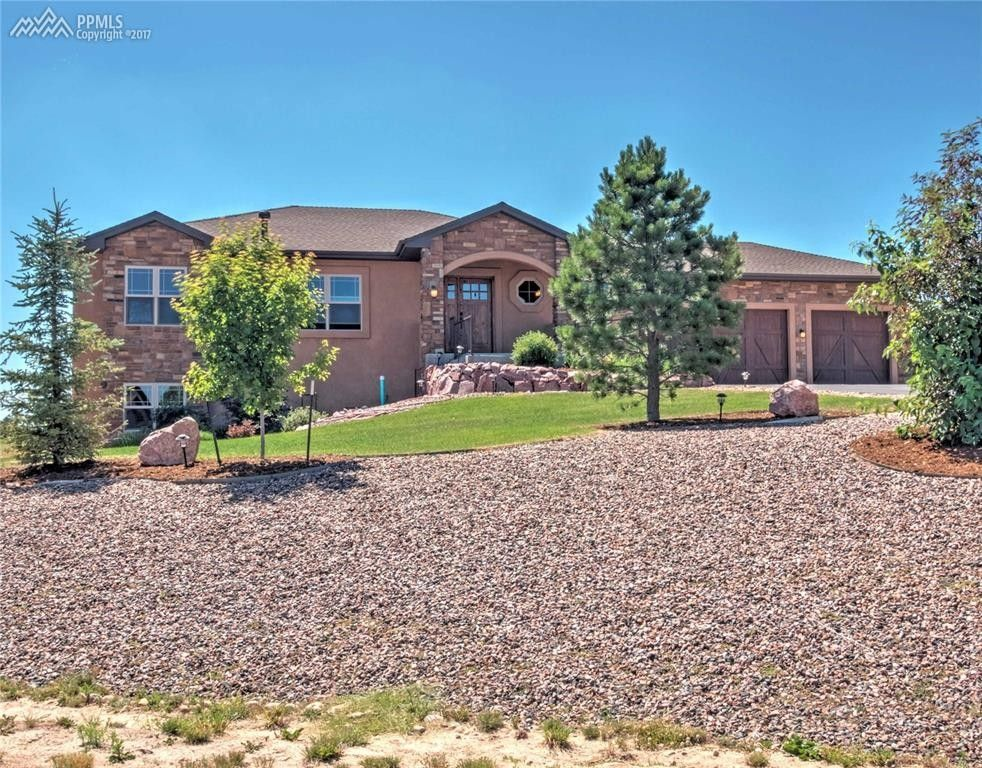 17384 Cabin Hill Ln, Colorado Springs, CO 80908