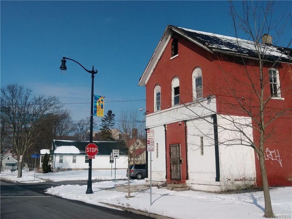 238 Carlton St, Buffalo, NY 14204