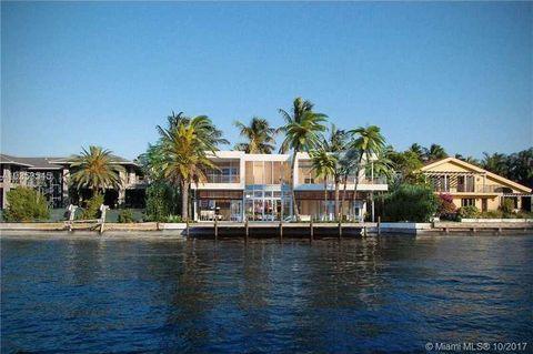 373 Center Island Dr, Golden Beach, FL 33160