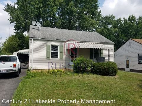 Photo of 852 Marmion Ave, Youngstown, OH 44502