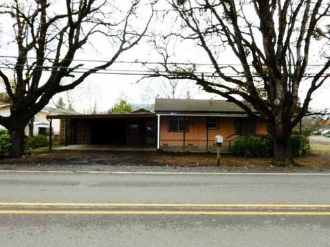 Photo of 3938 Carnes Rd, Roseburg, OR 97471