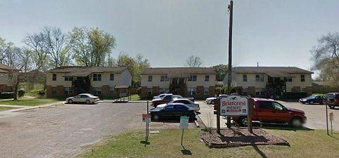 Photo of 208 E Wells St, Madisonville, TX 77864