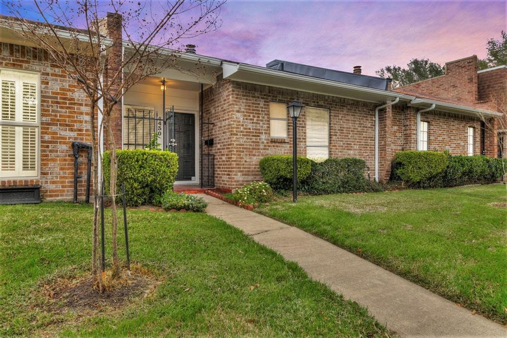 4430 Basswood Ln, Bellaire, TX 77401