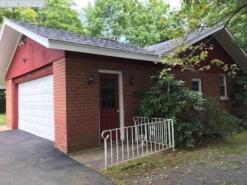 110 Route 23 C, Tannersville, NY 12485