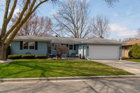 Photo of 812 Torke Ter, Plymouth, WI 53073