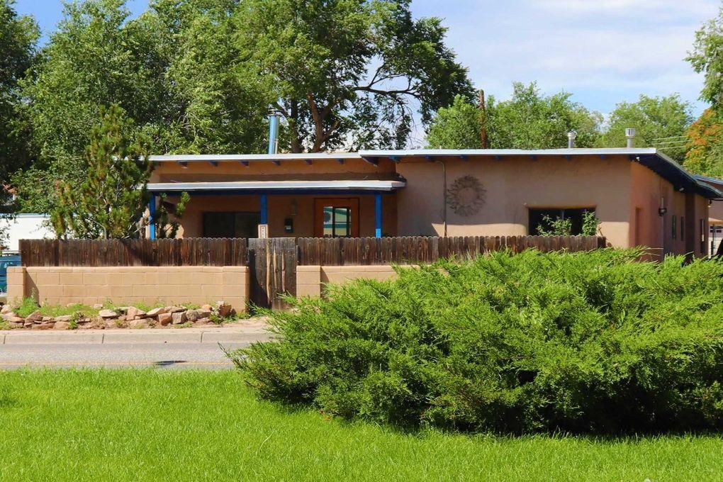 617 W Alameda St Santa Fe, NM 87501