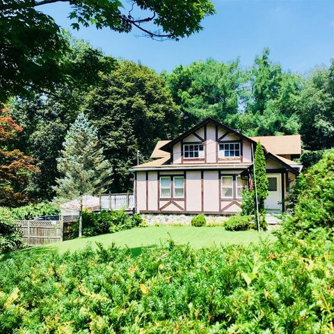 Photo of 11 Waterbury Hill Rd, Lagrangeville, NY 12540