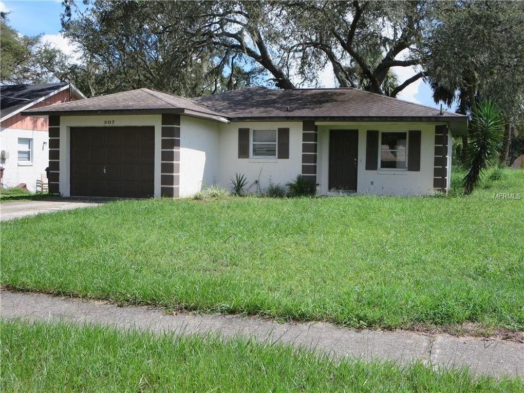 307 E Pine St, Davenport, FL 33837