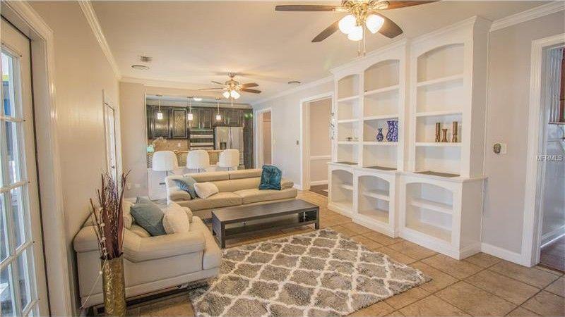 100 Sylvana Ct, Auburndale, FL 33823
