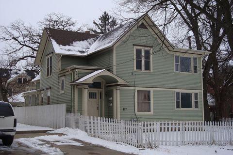 117 Hinsdell Pl, Elgin, IL 60120