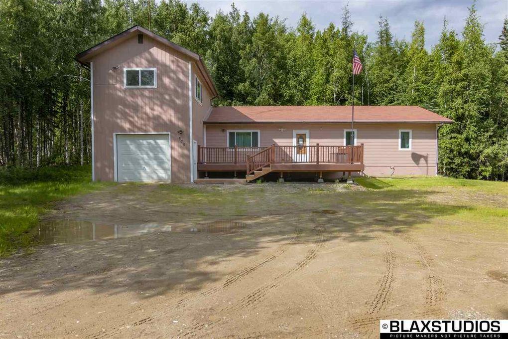 678 Adventure Rd, Fairbanks, AK 99712