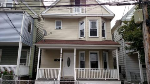 Photo of 138 Morningside Pl, Yonkers, NY 10703