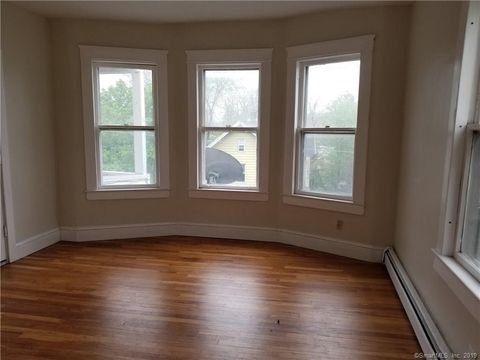 Admirable East End Waterbury Ct Apartments For Rent Realtor Com Beutiful Home Inspiration Xortanetmahrainfo