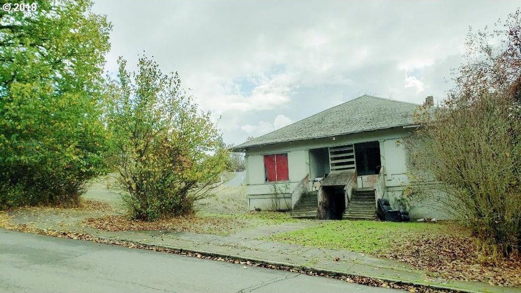 1853 Ne Klamath Ave, Roseburg, OR 97470