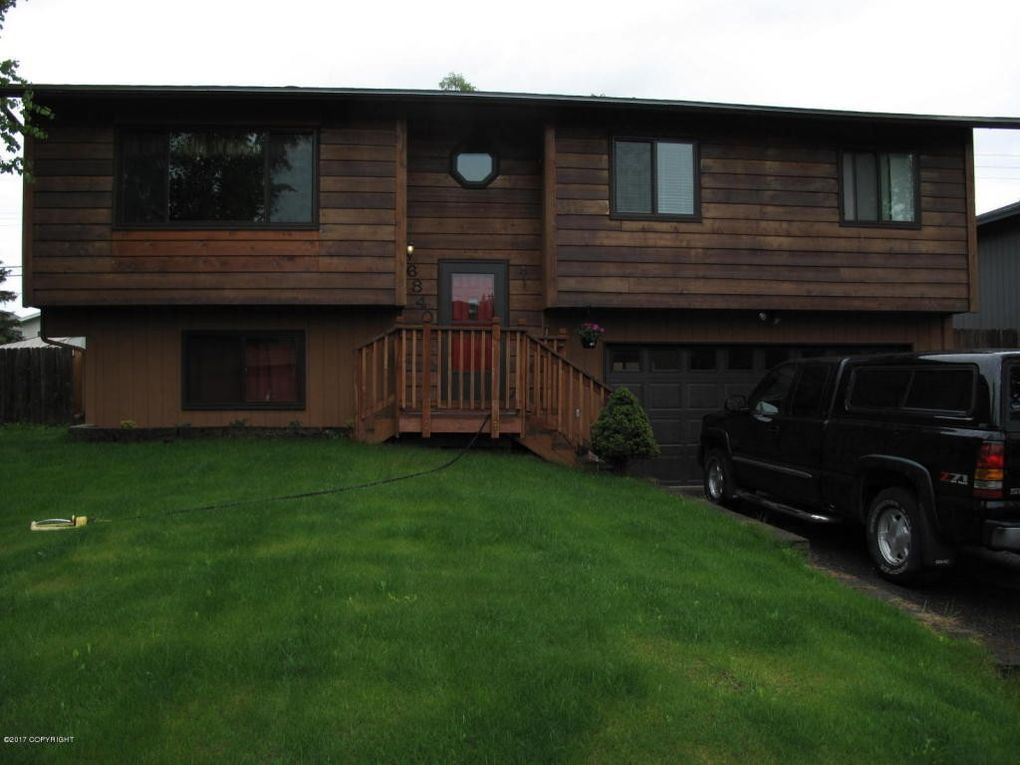 6840 Hunt Ave, Anchorage, AK 99504