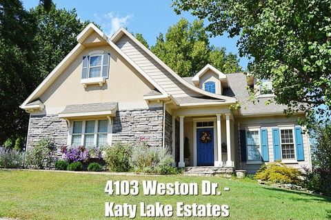 4103 Weston Dr, Columbia, MO 65203