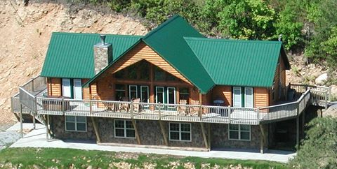 3935 Glenview Way, Sevierville, TN 37862