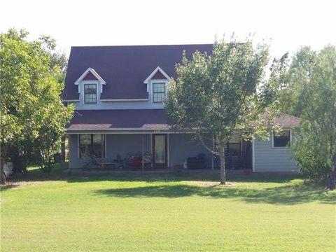 807 Berger Rd, West, TX 76691